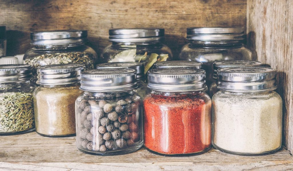spice rack & jars